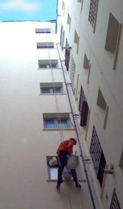 trabajos-verticales-fachadas-cristales-limpieza-altura-pintura-impermeabilizaciones-valencia-2